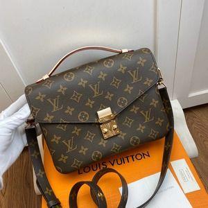 💖Louis💖Vuitton💖Pochette Metis Leather Shoulder Bag Purse